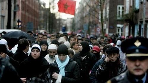 تعرف على عادات مسلمي هولندا في رمضان imgid744.jpg
